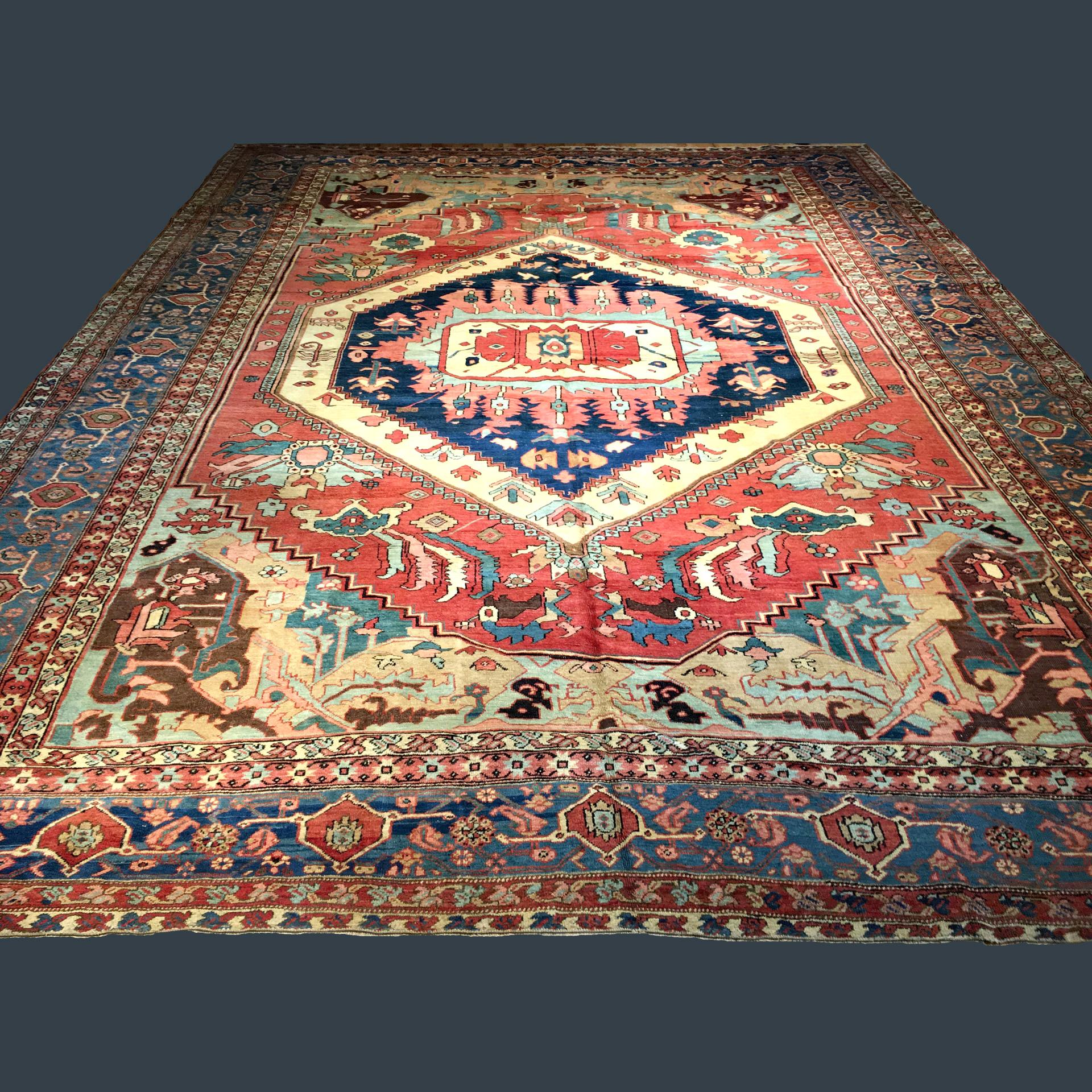Antique northwest Persian Bakshaish carpet